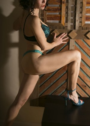 Djanelle erotic massage