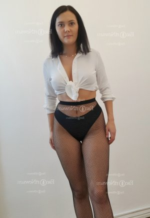 Marie-delphine tantra massage in St. James