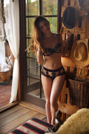 Leoncette erotic massage in Bonney Lake
